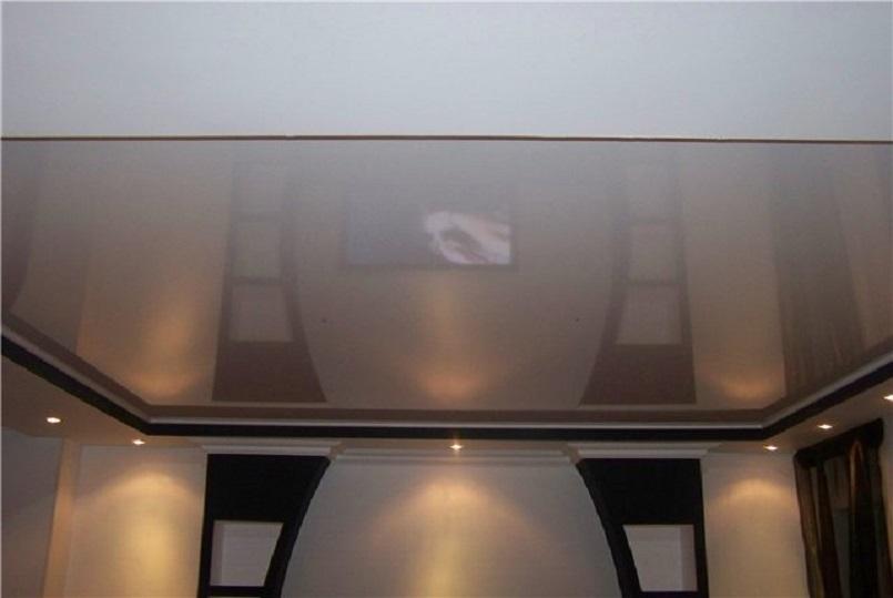 натяжные потолки в туалет 2